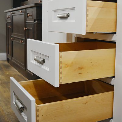 Dynasty dovetail drawers