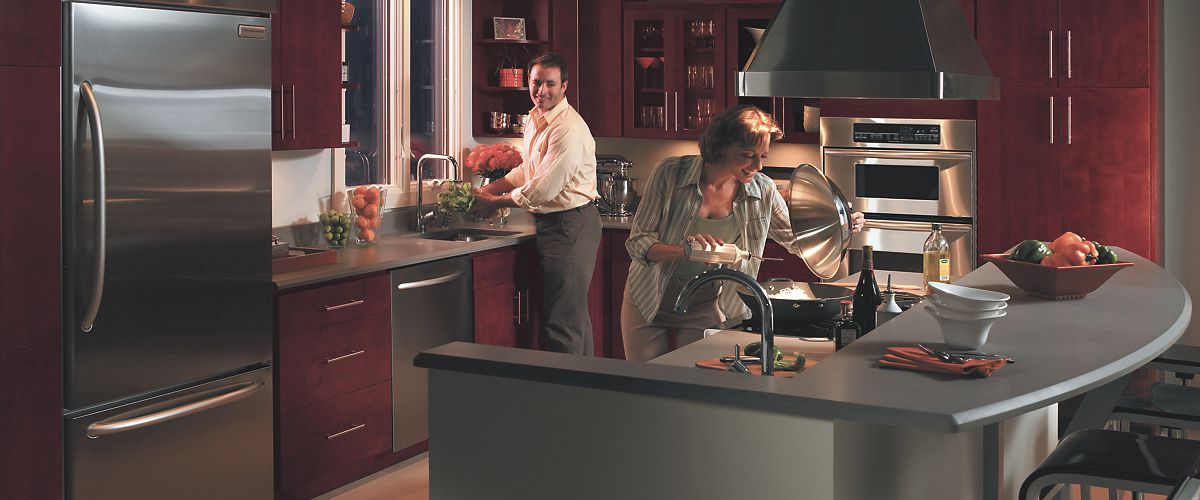 HomeCrest Cabinets, people cooking
