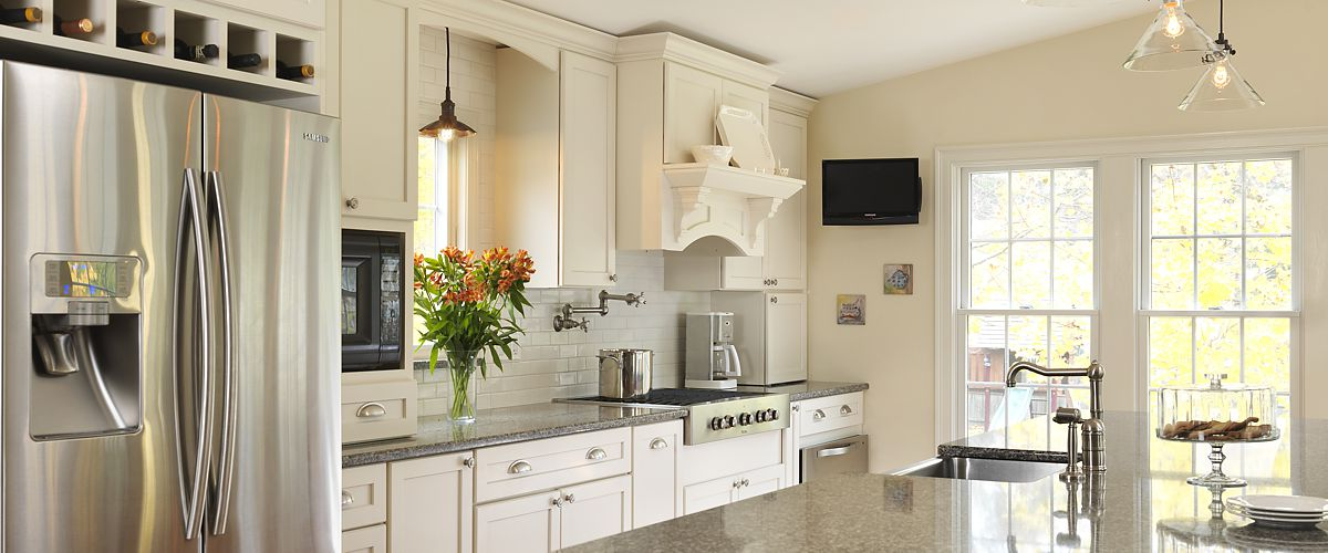 North Kingstown, RI kitchen designed by Lisa Zompa