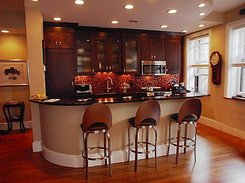 Kitchen Bar Design | Small Kitchen with Bar | Kitchen Design Gallery