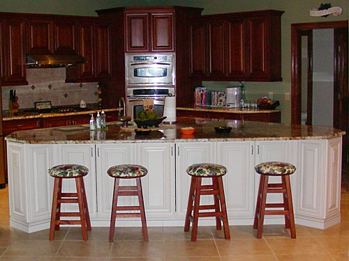 Large Island Seating Area in Bellingham, MA kitchen designed by Jamie Thibeault