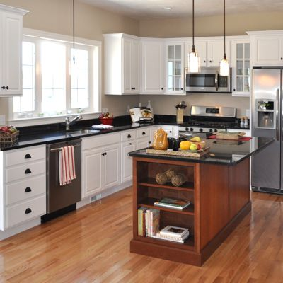 Wrentham, MA Kitchen With Homecrest Cabinets Designed By Jamie Thibeault