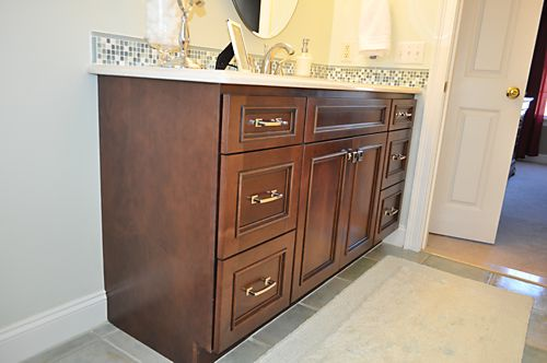 North Attleboro, MA Bathroom vanity cabinets with Homecrest cabinets designed by Jamie Thibeault