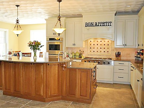 Masterbrand cabinets in kitchen designed by Lisa Zompa